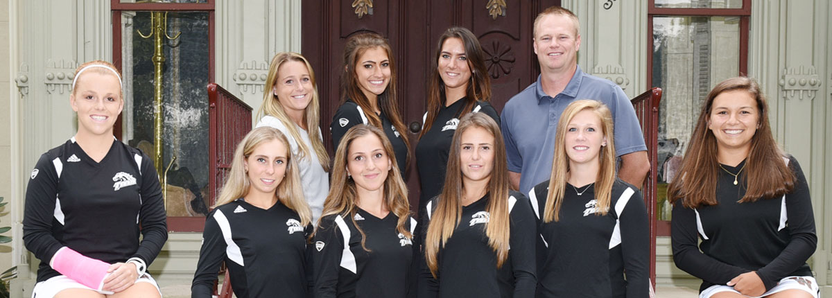 Photo of the Bronco Women's Tennis Team